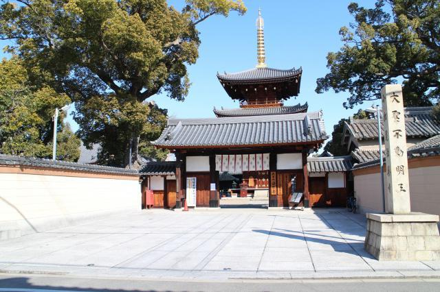 法楽寺(大阪府南田辺駅) - 山門・神門の写真