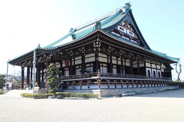 大阪府大念仏寺の本殿