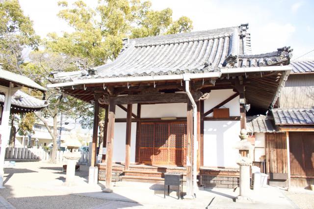 日羅寺の本殿