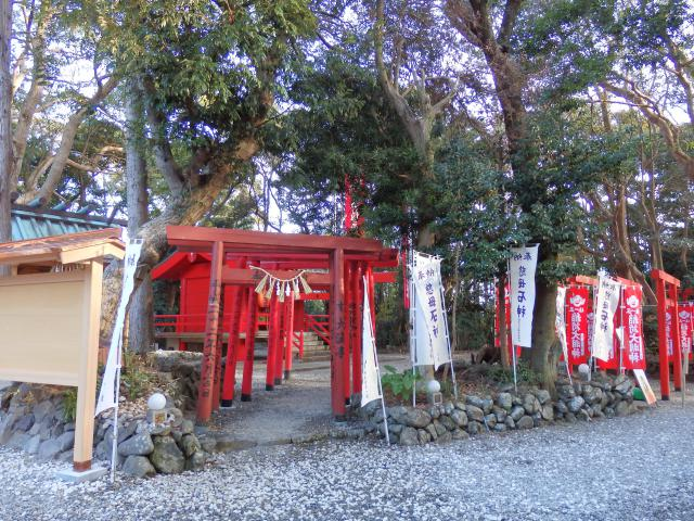 三重県神明神社の本殿