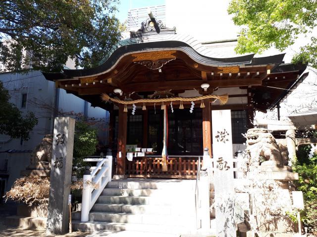 鵲森宮の本殿