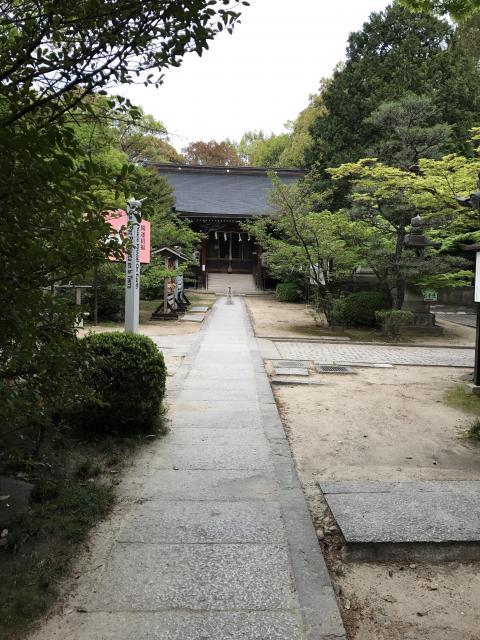 大阪府意賀美神社の庭園