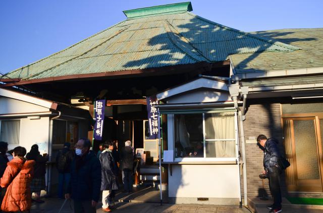東京都東光寺の本殿