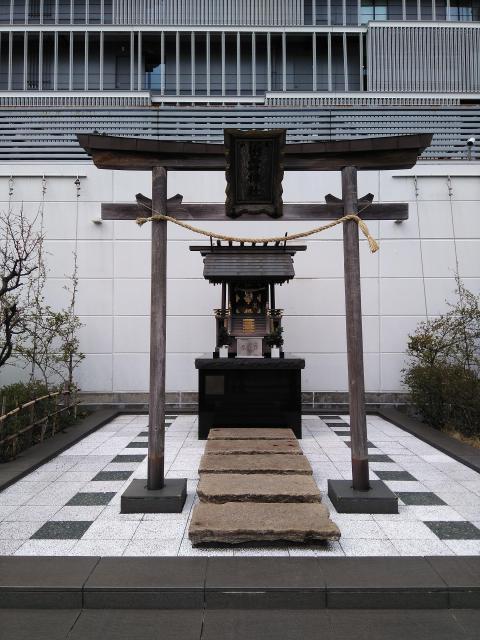ラゾーナ川崎4F·出雲神社の鳥居