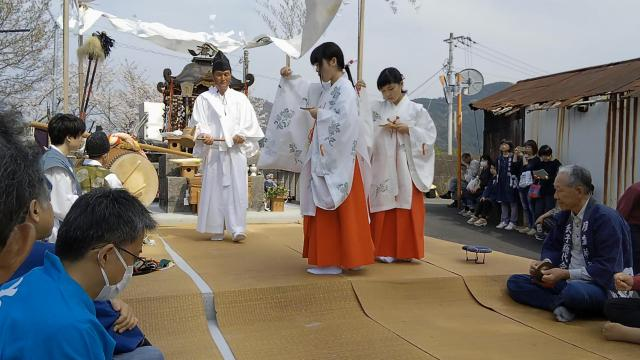高知県廣埜神社の神楽