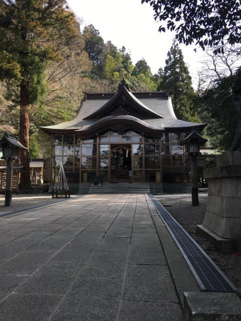 石川県金剱宮の本殿