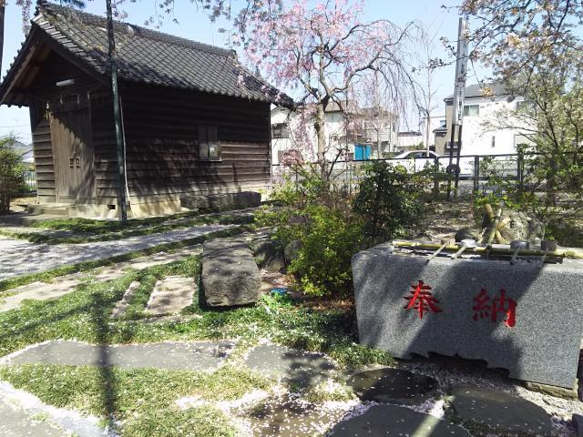稲荷神社(弥十郎稲荷)の庭園