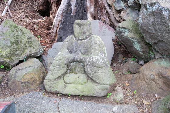 藤森稲荷神社の仏像