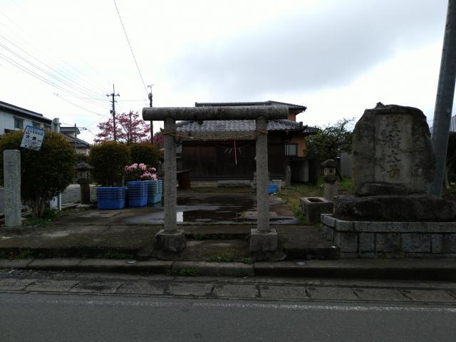 日比谷稲荷神社の鳥居