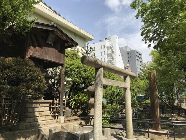 徳大寺(摩利支天)の近くの神社お寺|八幡神社