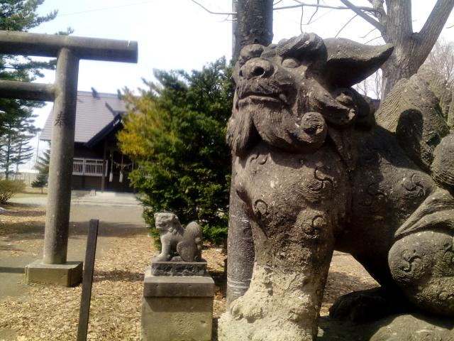 花畔神社の狛犬