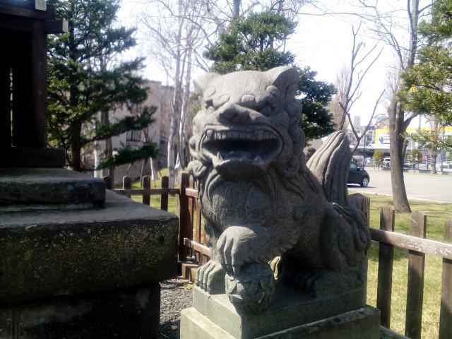 北海道札幌神社の狛犬
