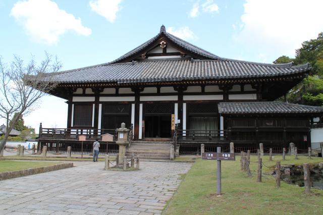 東大寺法華堂(三月堂)の本殿