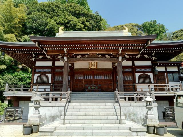 神奈川県定光寺の本殿
