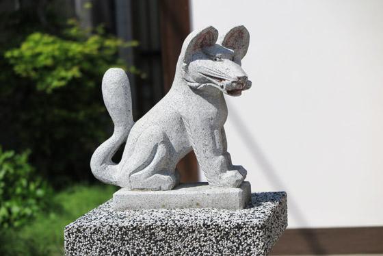 榊稲荷神社の狛犬