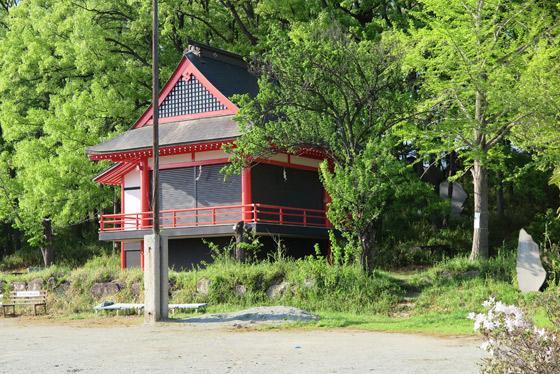 山梨県甲斐総社八幡神社の本殿