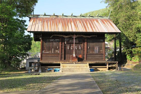 山梨県八雲神社の本殿