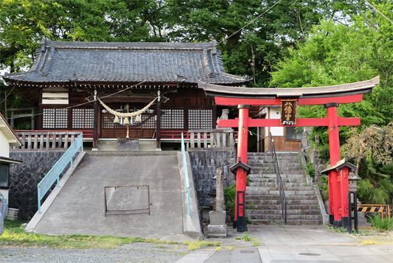 山八幡神社の本殿