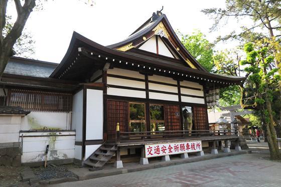 山梨県稲積神社の本殿