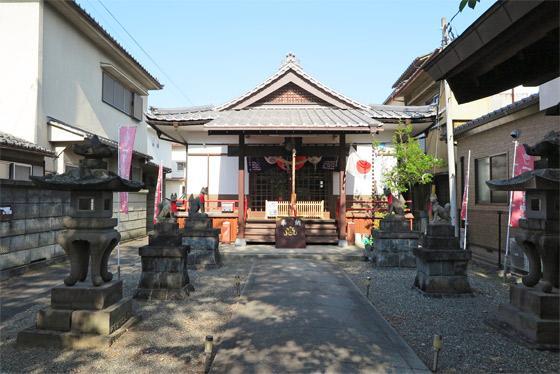 山梨県一実神社の本殿