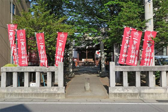 山梨県一実神社の建物その他
