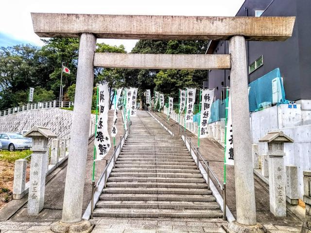 神明社の鳥居