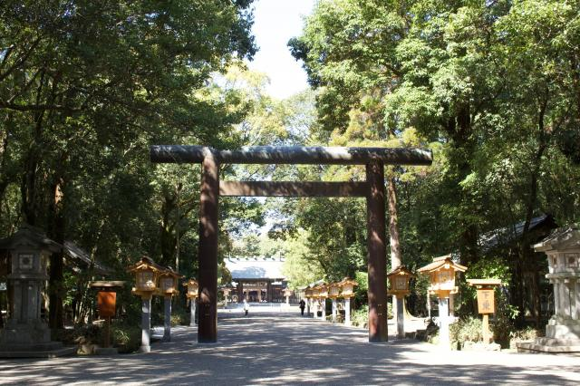 宮崎神宮の鳥居