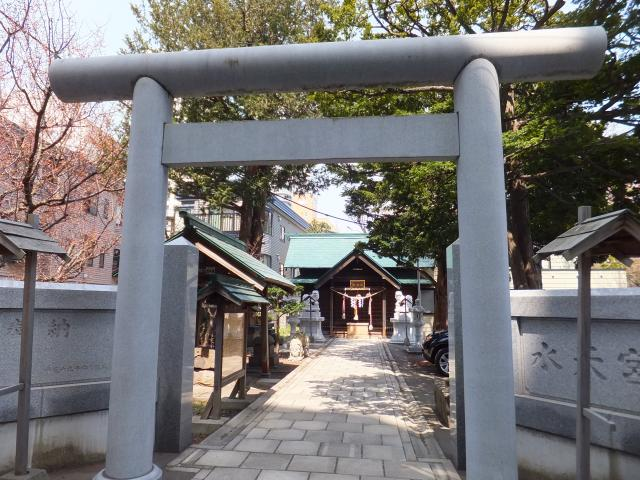 北海道水天宮の鳥居