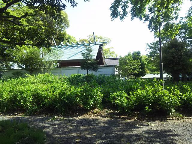御裳神社の庭園