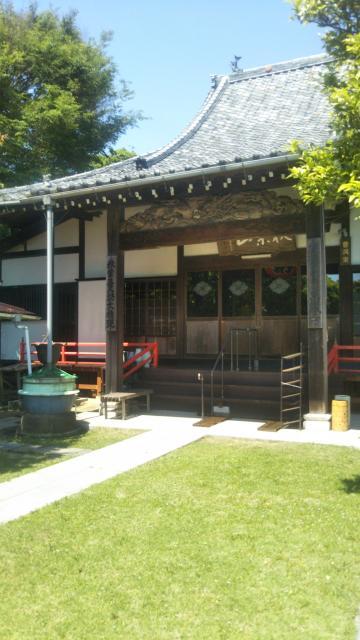 萬藏寺の本殿