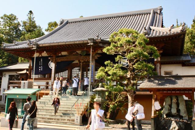 徳島県十楽寺の本殿