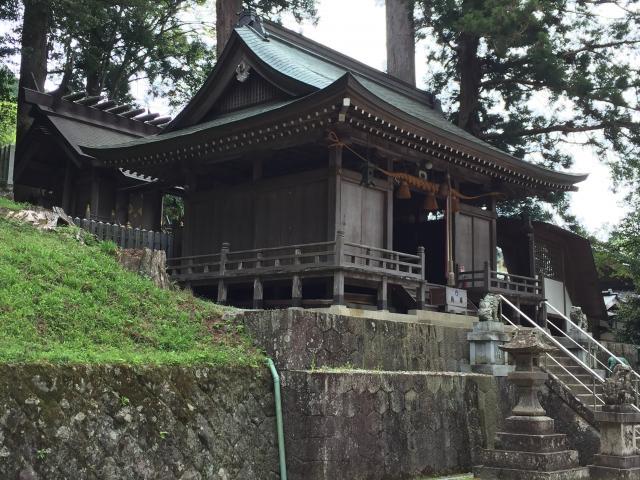 奈良県門僕神社の本殿