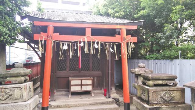龍田稲荷神社の本殿