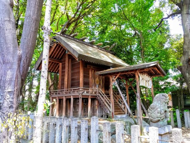 愛知県漆部神社の本殿