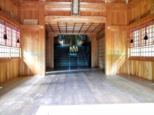 荒太神社の本殿