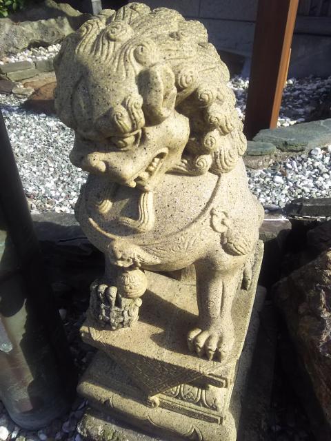 菓祖神社の狛犬