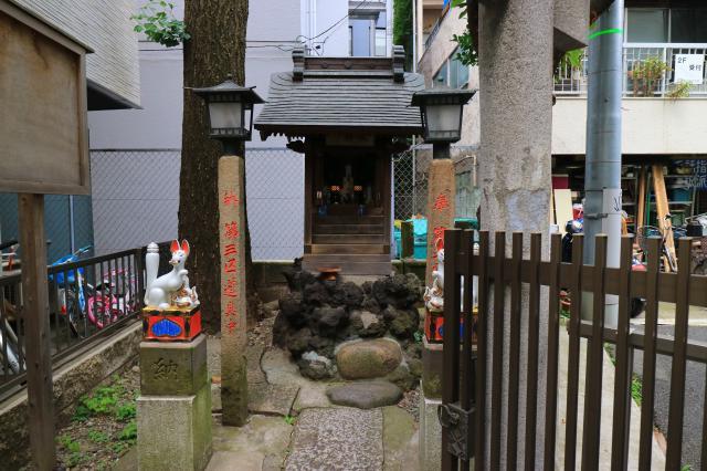 東京都桐生稲荷神社の本殿