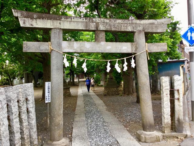埼玉県浮島稲荷神社の鳥居
