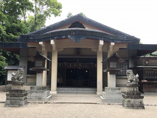 津八幡宮の本殿