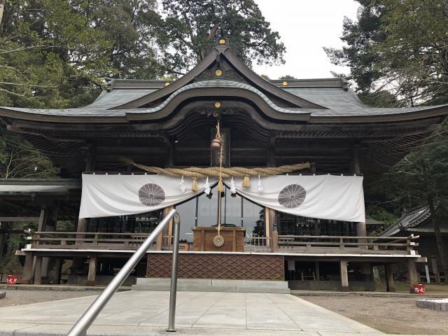 大分県西寒多神社の本殿