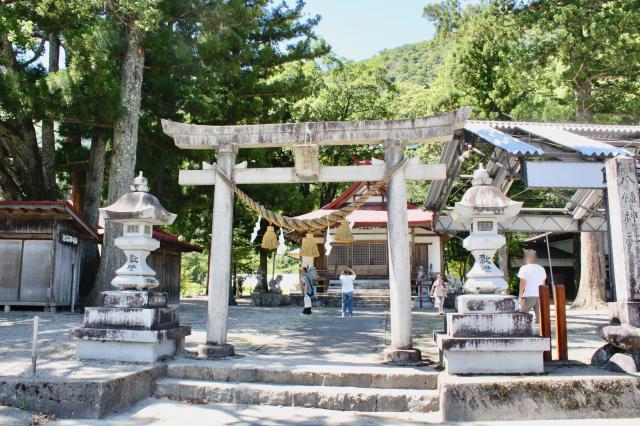 岐阜県飯島八幡神社の鳥居