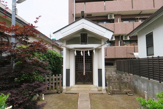 埼玉県金山神社の本殿