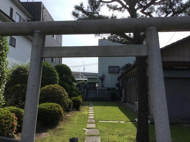 東京都上一色日枝神社の鳥居