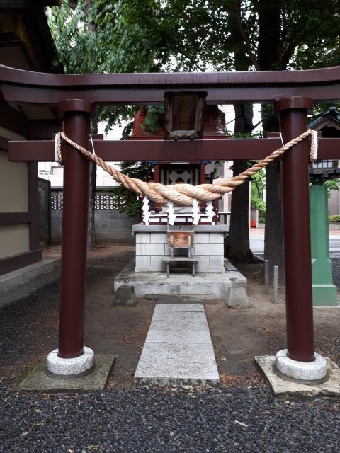 三吉神社(北海道西8丁目駅) - 鳥居の写真