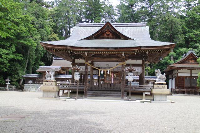 滋賀県奥石神社の本殿