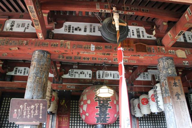 滋賀県長命寺の本殿