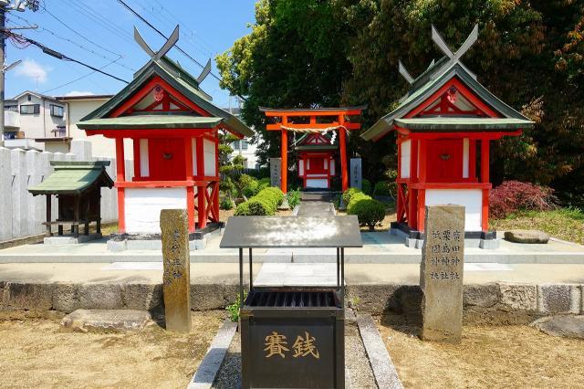 龍田神社の本殿