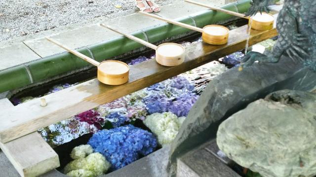 御裳神社(愛知県二子駅) - 手水舎の写真