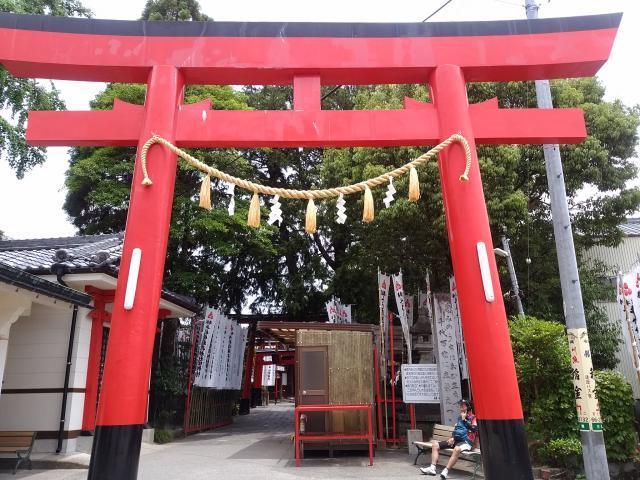 岐阜県千代保稲荷神社の鳥居