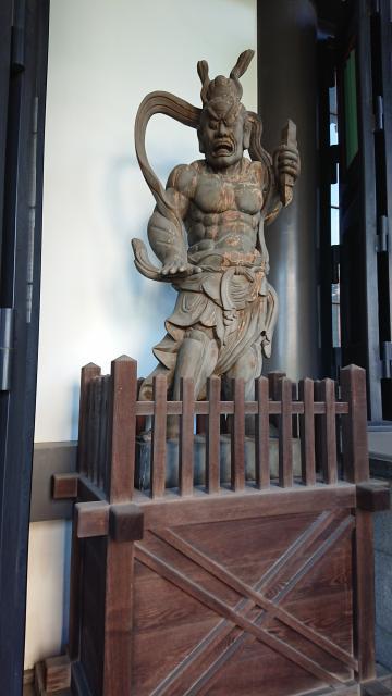 青松寺の像